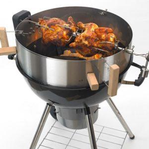 Im Smokin' PizzaRing Rotisserie Set ist alles für den Einsatz der Rotisserie auf dem Kugelgrill enthalten.