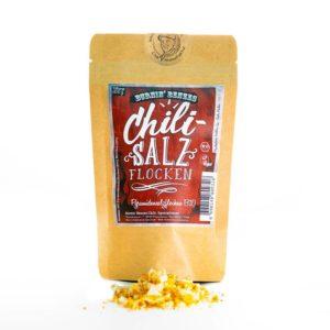 Chili Salzflocken von Burnin Benze ist extravagantes Pyramidensalz (Bio), welches kombiniert wird mit Benzes eigens gezüchteten Bio Chilis.
